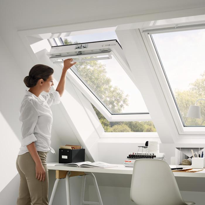 velux ggu 0070 thermo schwingfenster kunststoff. Black Bedroom Furniture Sets. Home Design Ideas
