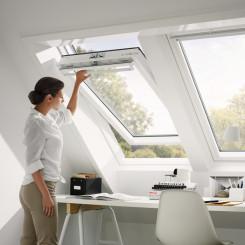 VELUX Dachfenster GGU - Kunststoff Schwingfenster
